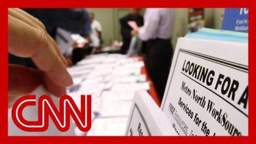 Economist makes dire prediction about US employment rate 6
