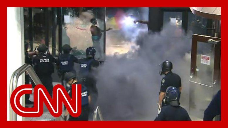 Violent George Floyd protests at CNN Center unfold live on TV 1