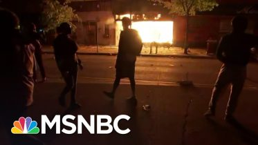 No Police Present As Fires Rage In Minneapolis After Fierce Protests | The 11th Hour | MSNBC 10