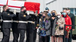 Canadian soldiers killed in helicopter crash repatriated under the shadow of a pandemic 1