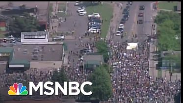 Civil Rights Icon Rep. John Lewis Calls For 'Love, Peace and Nonviolence' | MSNBC 6