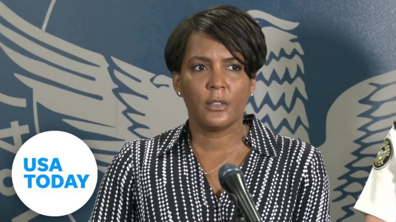 Atlanta mayor makes emotional plea to protesters: This is chaos  | USA TODAY 1
