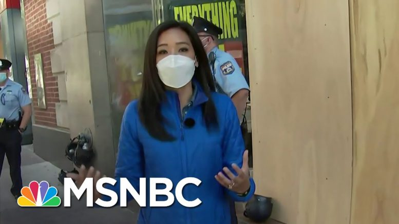 Philadelphia Community Comes Out To Clean Up Amid Looting | MSNBC 1