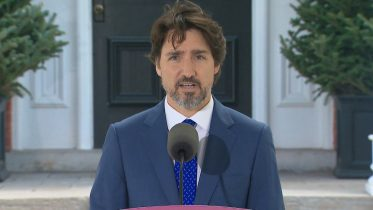 """Trudeau to COVID-19 essential workers: """"You deserve a raise"""" 10"""