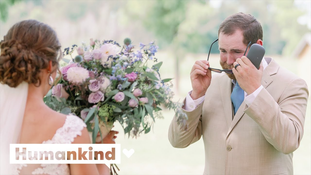 Groom sees full color for first time on wedding day | Humankind 6