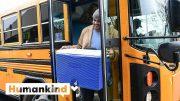 Principal delivers food to students via school bus   Humankind 4