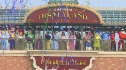 Shanghai Disneyland opens to the public amid COVID-19 pandemic 2