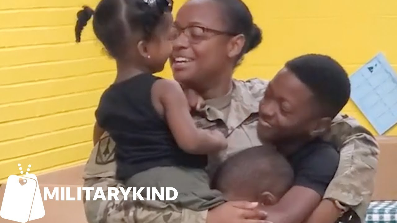 Army mom hugs kids for the first time in eight months | Militarykind 8