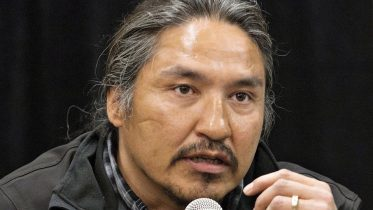 Charges dropped against Alta. chief in violent arrest video 3