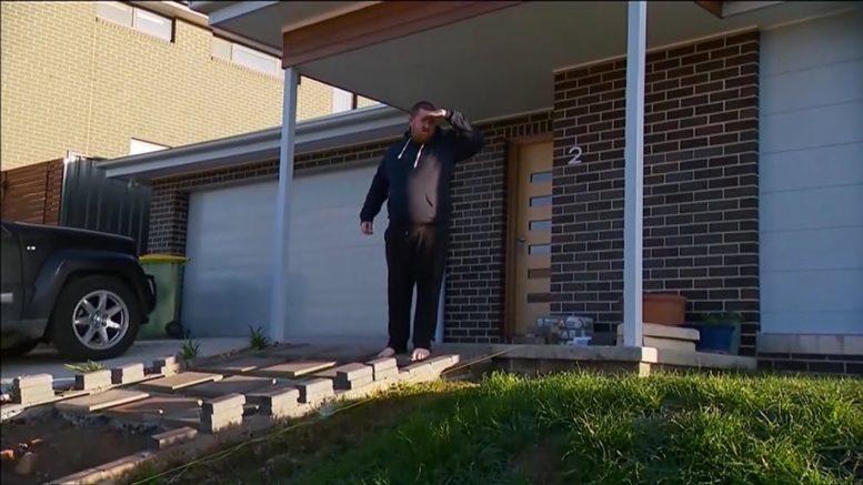 Homeowner tells Aussie PM Scott Morrison to 'get off' newly-seeded lawn 1