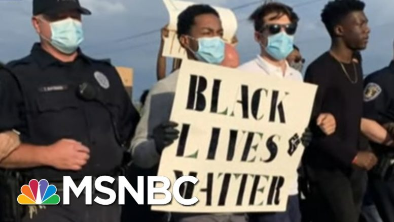 17-Year-Old Organizes Huge Protest, Police Chief Joins In   The Last Word   MSNBC 1