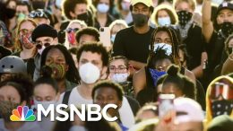 Oakland Protesters Defy Curfew After Peaceful Demonstrations | The 11th Hour | MSNBC 5