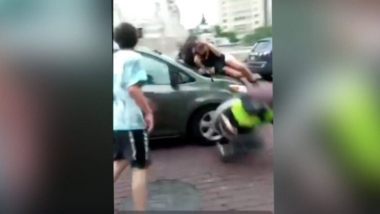 Warning: Van drives through protesters in Indianapolis 1