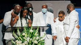 George Floyd's family gives emotional eulogy and calls for justice 8