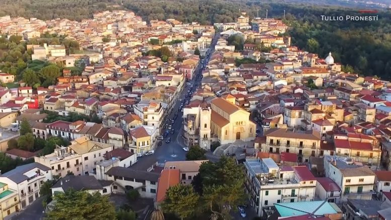 Houses in 'COVID-free' Italian town selling for one euro 1