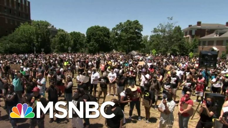 Thousands Of Protesters In Richmond Gather At Statue of Gen. Robert E. Lee | MSNBC 1