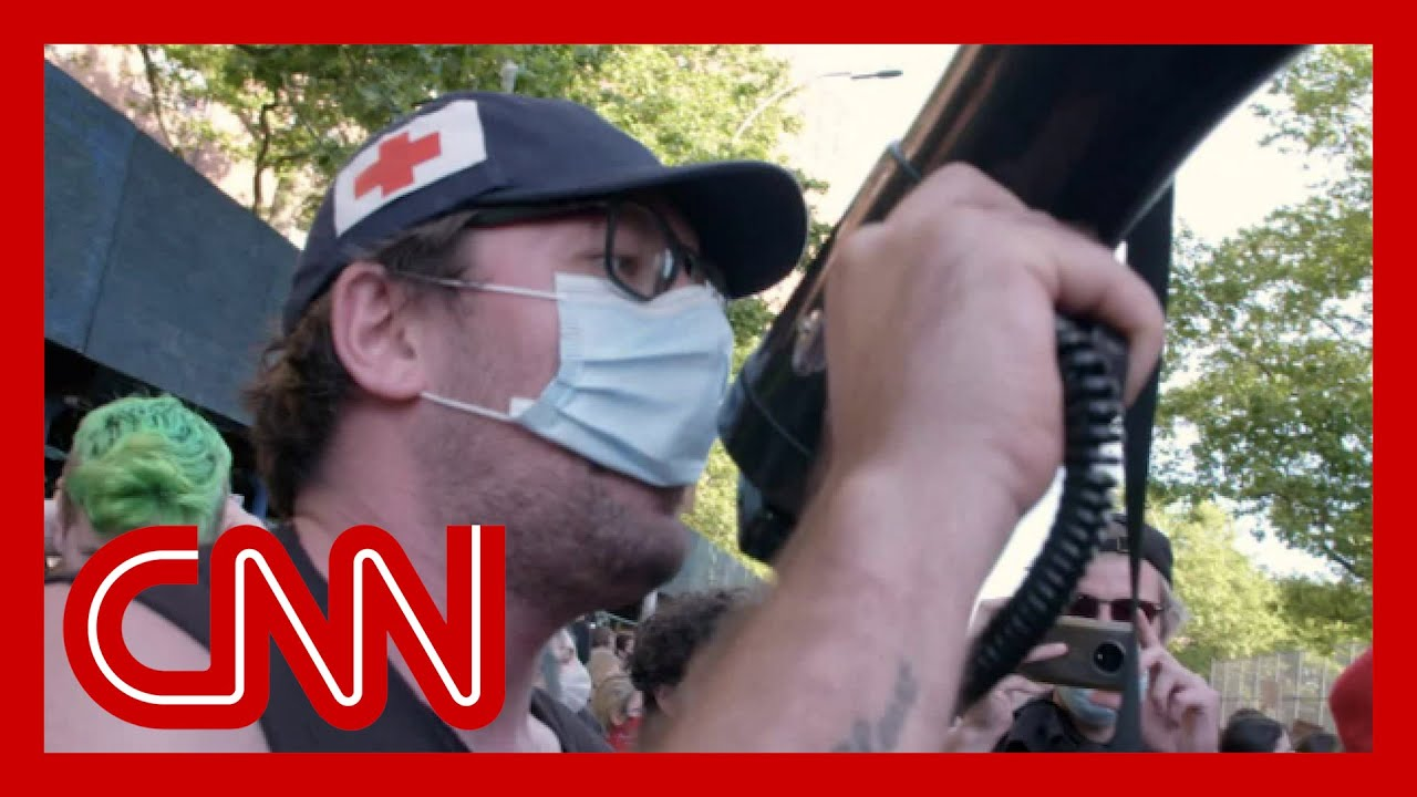 What Antifa members are doing during protests 7