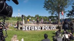 """Nationwide calls mount to """"defund the police"""" 6"""