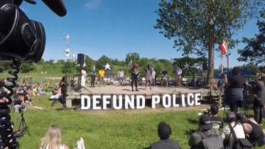 "Nationwide calls mount to ""defund the police"" 6"