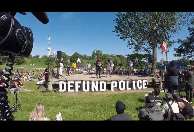 """Nationwide calls mount to """"defund the police"""" 1"""