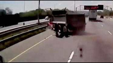 WATCH: Truck blows a tire and spins out of control on this busy Ontario highway 6