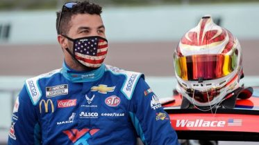 Noose found in garage of NASCAR driver Bubba Wallace 6