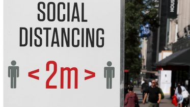 Majority of Canadians and Americans want to keep 2-metre distance 5