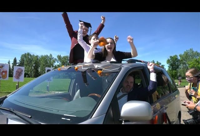 Diplomas with that? 'Drive-thru' grads a sign of the times 1