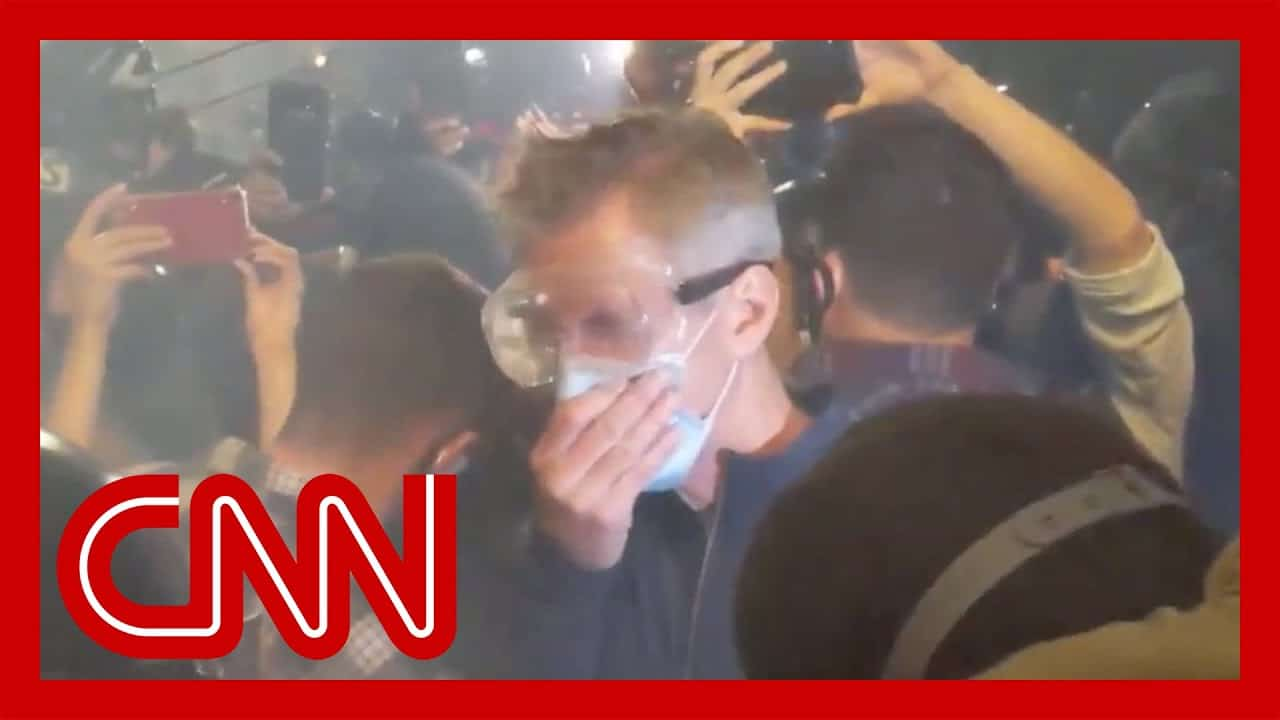 Portland mayor is tear-gassed alongside protesters 2