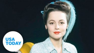 """""""Gone with the Wind"""" star Olivia de Havilland dies 