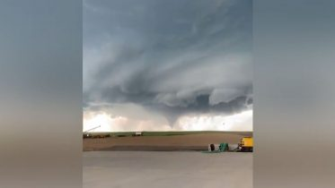 Multiple tornadoes touch down in southwest Sask. 6