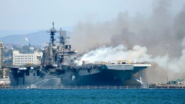 Massive fire breaks out on U.S. assault vessel in San Diego, could cause the ship to sink 6