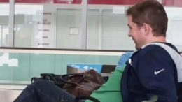 Andrew Scheer spotted without a mask at Toronto airport 2