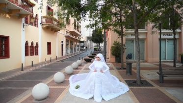 A bride had to run for cover as she was posing for photos in Beirut moments before the explosion. 6