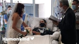 Hospital throws wedding for COVID patient   Humankind 7