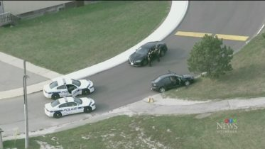 Brazen bank robbery leads to high-speed chase in Cambridge, Ont. 10