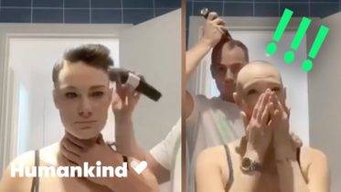 Boyfriend shaves head in ultimate act of love | Humankind 6