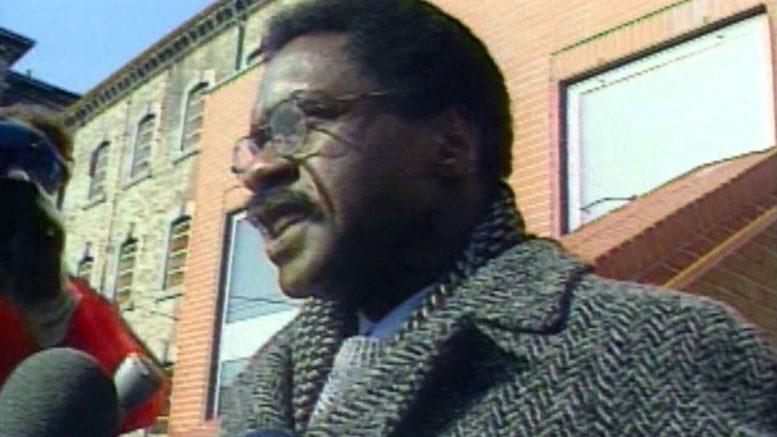 CTV News Archive: 'Hurricane' Carter defends Guy Paul Morin 1