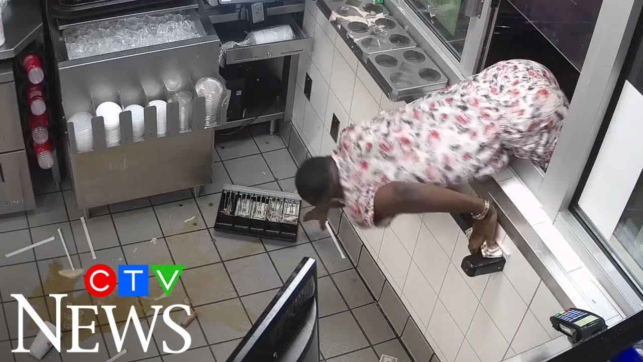 Man throws drinks at Wendy's staff, tries to grab register 3