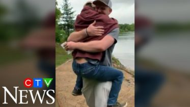 Watch this incredible, heartwarming moment between a pair of brothers 6
