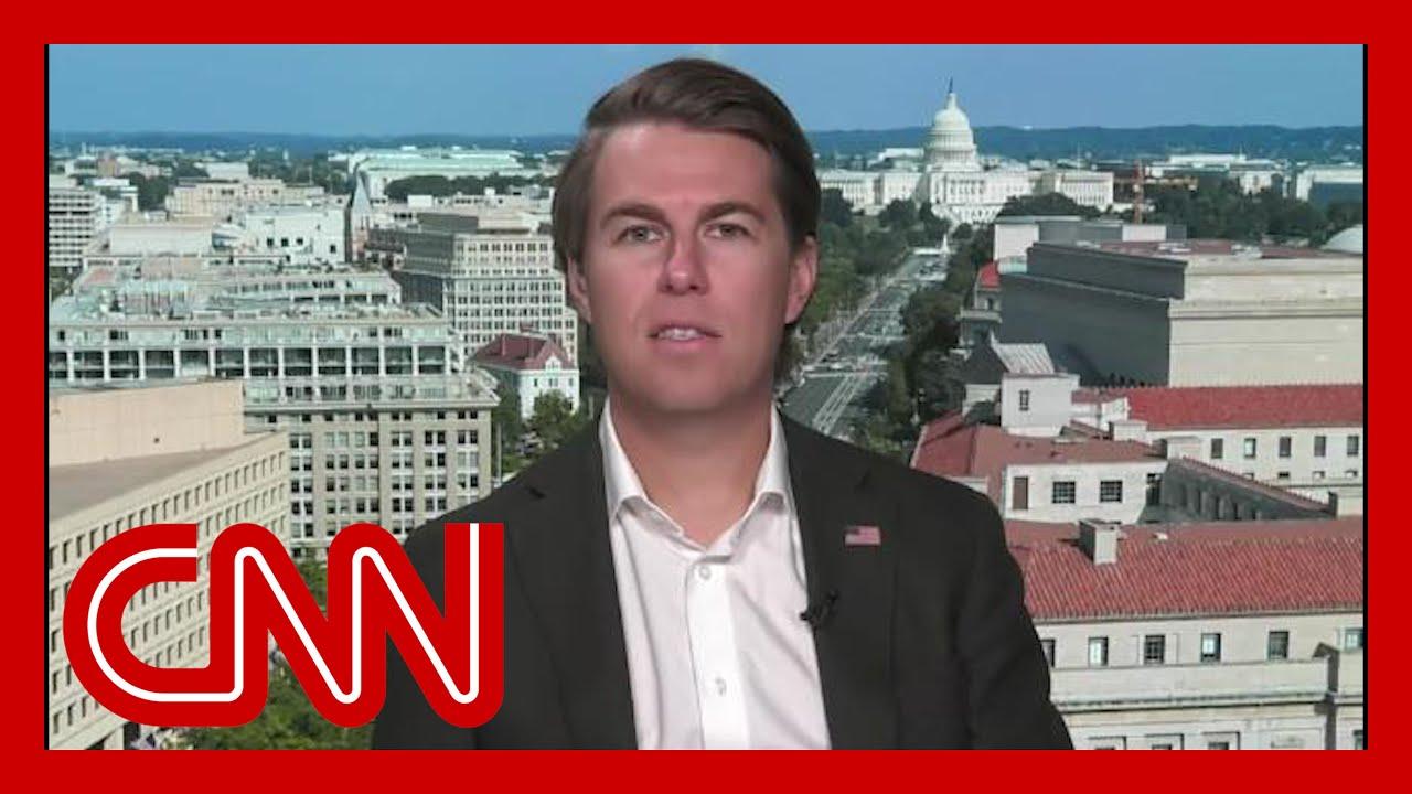 Ex-Trump official: Fox host was Trump's shadow chief of staff 5