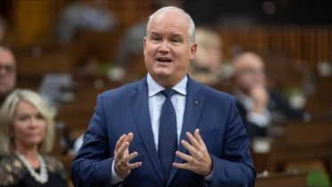 Conservatives push new motion to probe government's pandemic response 6