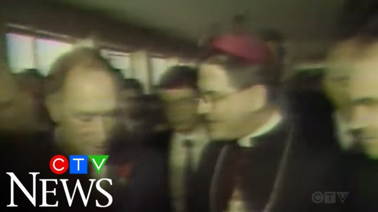 1981: Pierre Trudeau visits Pope John Paul II in hospital 1