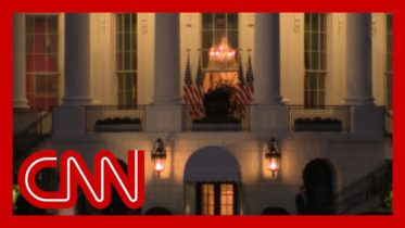 Infected Trump re-shoots entrance into White House with camera crew 6