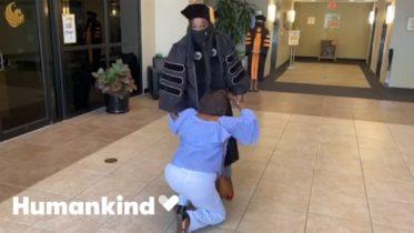 Daughter earns secret doctorate for hardworking mom | Humankind 6