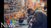 Canada adds 378,000 jobs in Sept., unemployment rate dips 2