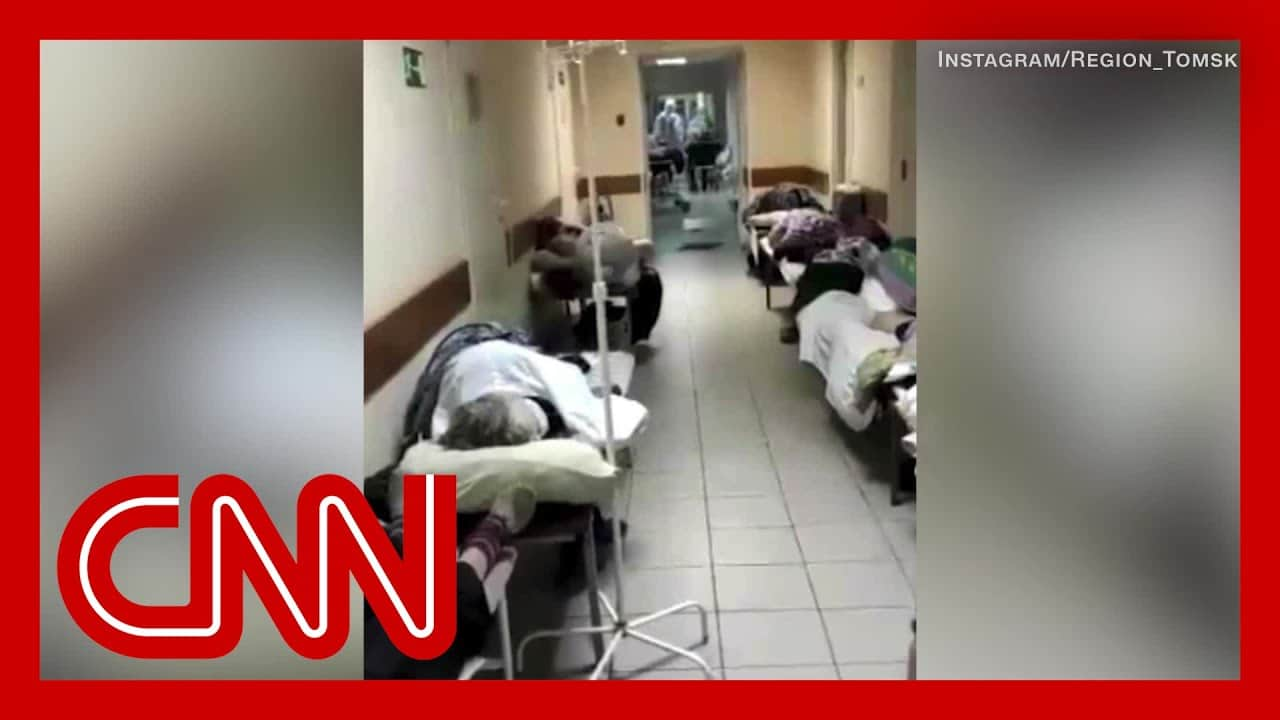 Video shows inside Russian hospitals amid overcrowded conditions 9