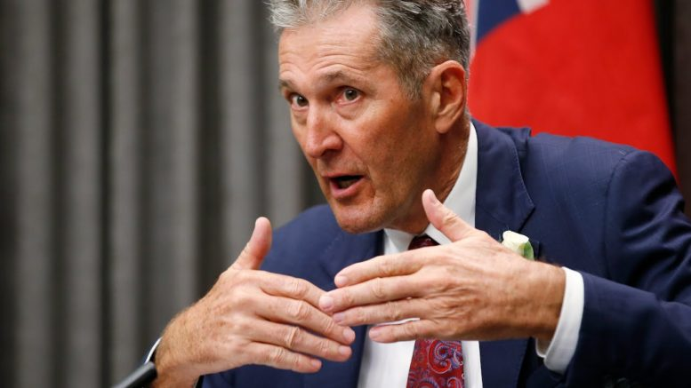 Pallister blasts COVID-19 rule-breakers: 'Right to shop is not as important as the right to life' 1