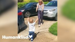 Watch toddler's amazing reaction to seeing grandparents | Humankind 3