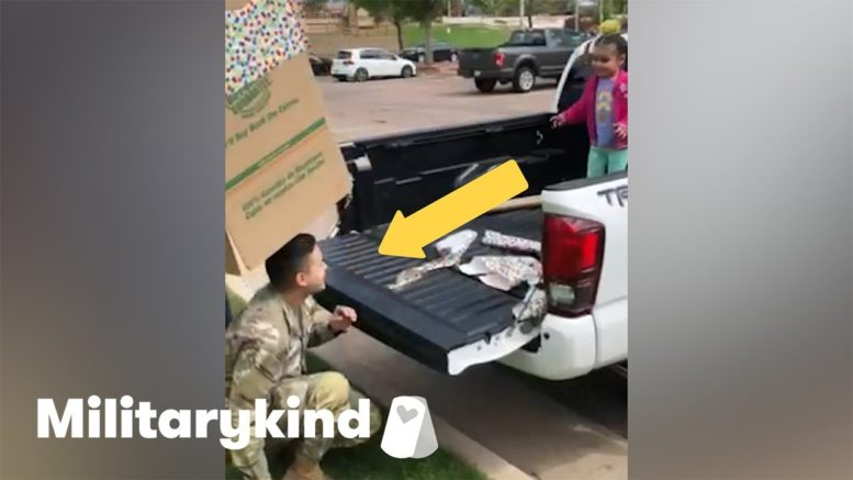 Soldier jumps out of box to surprise daughter   Militarykind 1
